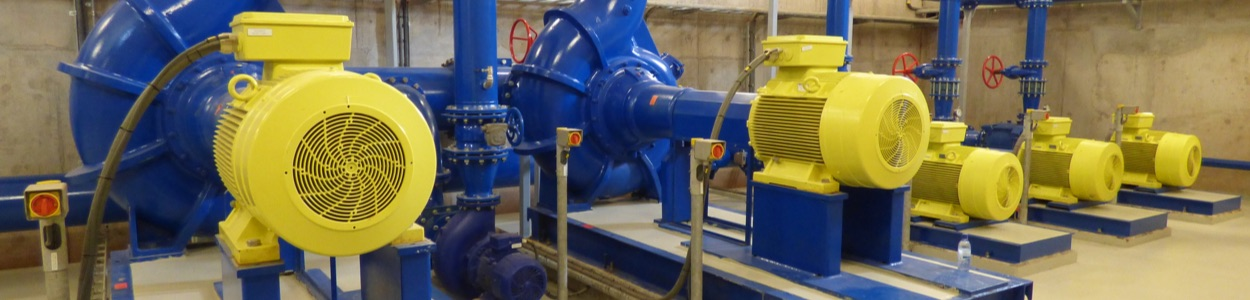 Drinkwaterleiding station, ontwikkelingsproject in West-Afrika.